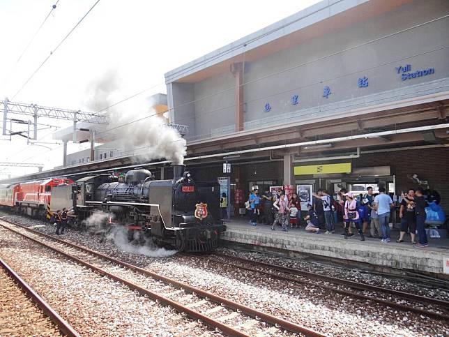 快搶票 體驗蒸汽火車與花東縱谷仲夏美景