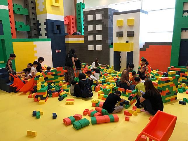 頗受小朋友喜愛的「建築樂園-小小建築師」台南場29日開始。