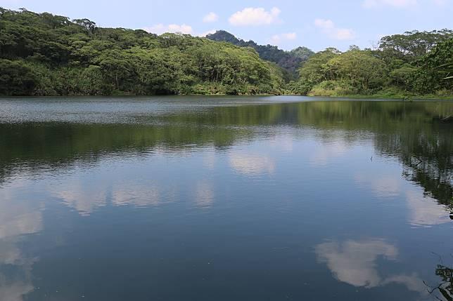 ▲湖水瀲豔的堰塞湖。(圖/特生中心提供)