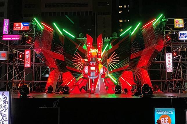 台北元宵很熱鬧!雙主燈《展風神》《躲貓貓》東西區相輝映