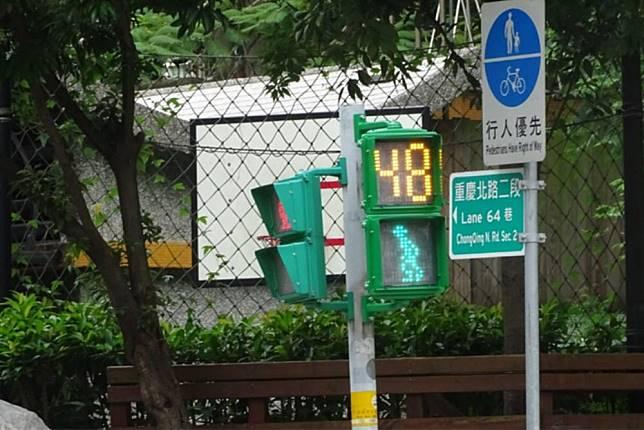 過馬路罩子可以不用放亮了!北市打造高齡友善城市